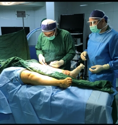 """Joint knee replacement surgery, """"Why do two knees coincide together?"""""""